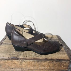 KUMFS brown Mary Jane heel comfort shoes SZ 38.5